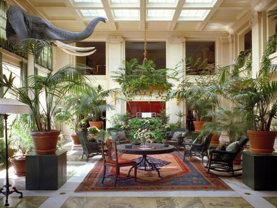 Restoration and hotels